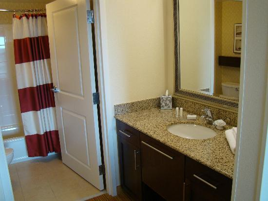 Residence Inn Port St. Lucie: Sink.