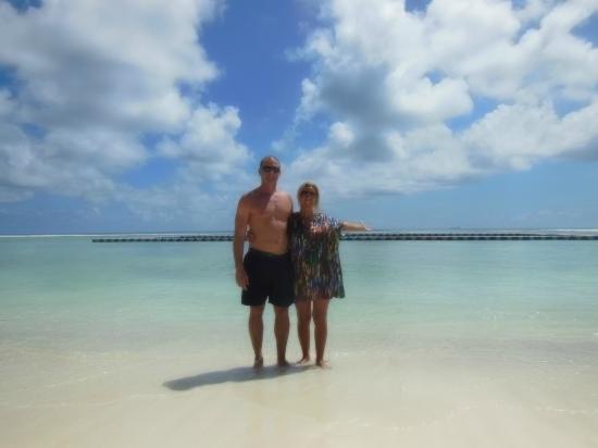 فيرن بوكيت إن: Praia linda 