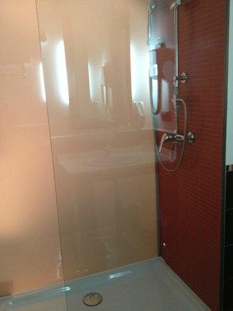 Hotel Bed4U Tudela: ducha