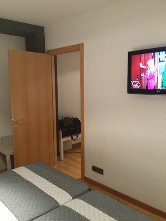 Hotel Bed4U Tudela : Habitaciones comunicadas