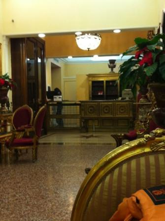 Welcome Piram Hotel: hall dell'hotel