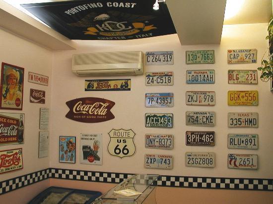 Go Go Burger : Targhe originali americane ed insegne in metallo per completare the walls