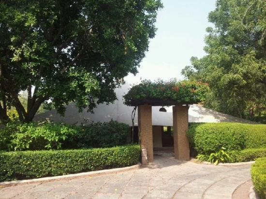 The Oberoi Rajvilas: The tent entrance