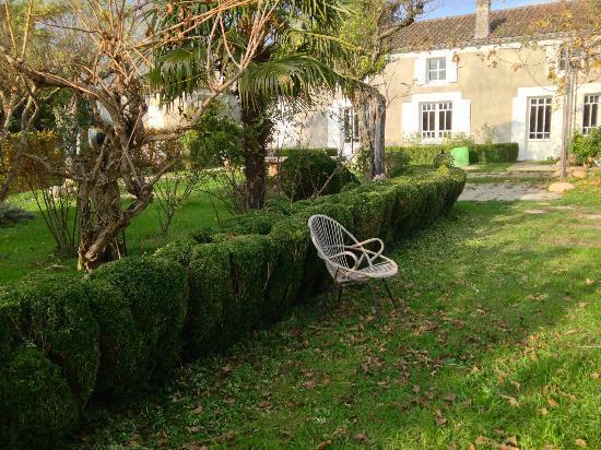 La Poudette: La terrasse en novembre.