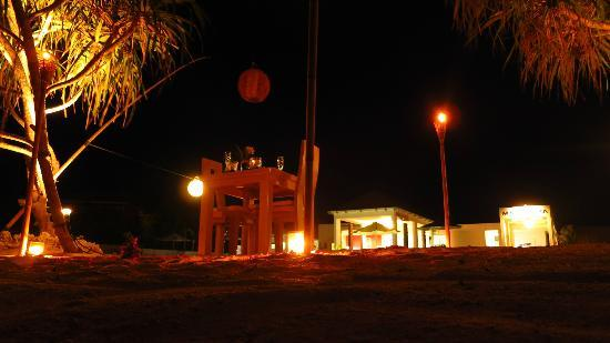 MAHAMAYA Boutique Resort: Beach dinner for 2
