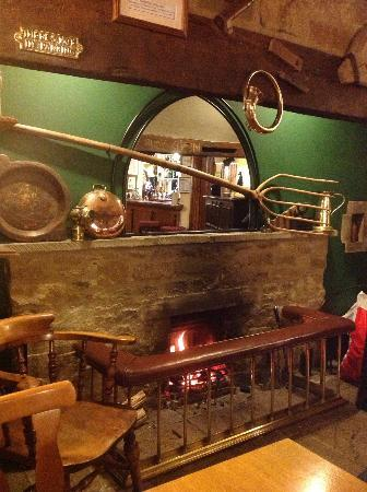 The Masons Arms: The open fire