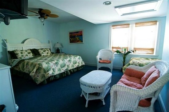 The Island Guesthouse & Cottages: Guest House King Room