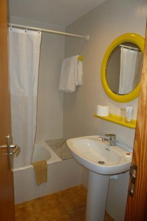 Apartments Massol: Bathroom