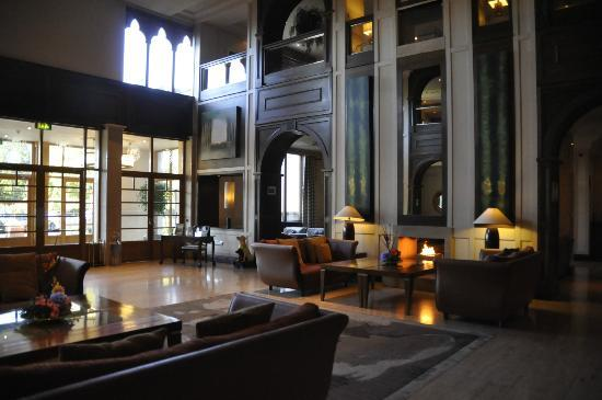 The Brehon: Open Foyer area with welcoming fires