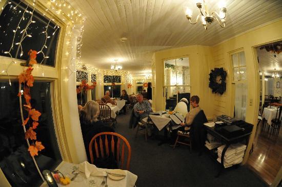 Rumplestiltzkin's Restaurant at The Village Inn: Our porch dining area