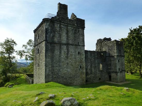 Carnasserie Castle: Exterior