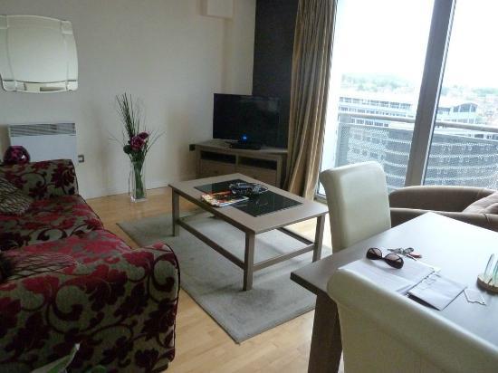 Cranbrook House Serviced Apartments: Lounge