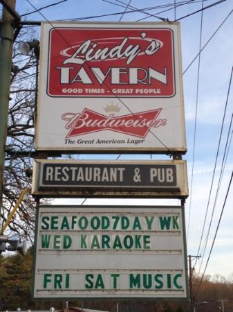Lindy's Tavern