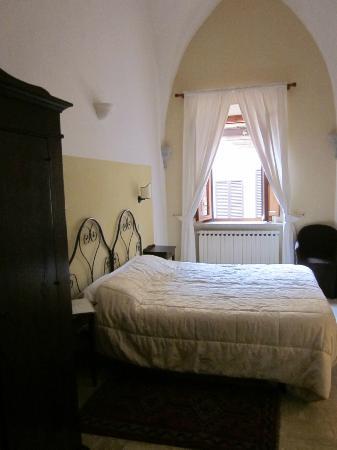 Albergo Duomo: stanza con affaccio sul cortile interno