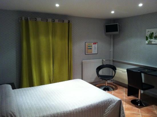 Hotel Grillon: chambre 1