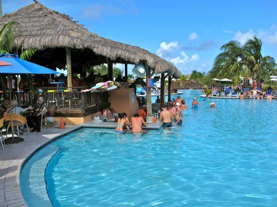 Cockburn Town: Margaritaville pool and swim up bar