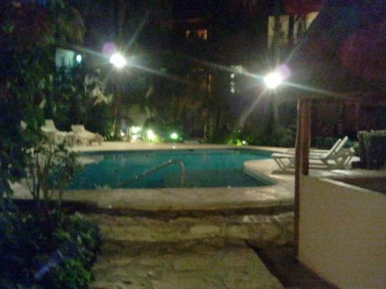 Hotel El Tukan: *