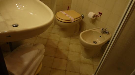 Hotel Cristallo: clean