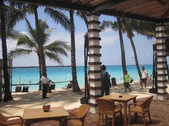 Pinjalo Resort Villas: Frühstück im Calypso