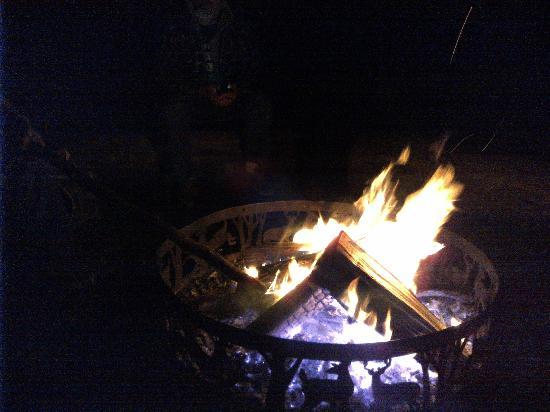 Cedar Grove Lodging: Fire Ring