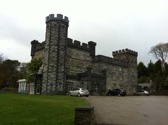Castell Deudraeth: Nice castle!