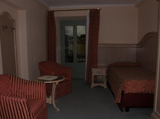 Rm 331 bathroom, Hotel Metropole Bellagio, Bellagio, Italy