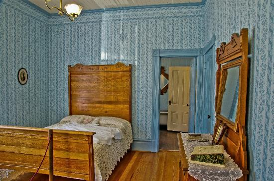 Hughes Historic House: One of the two ground floor bedrooms of the Hughes House