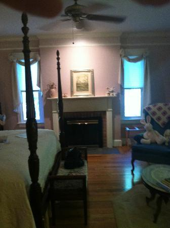 The Inn at Sugar Hollow Farm: The Country Manor Room; the most private room