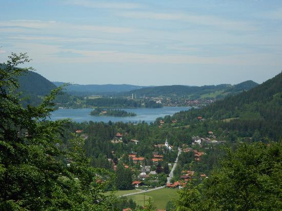 Karma Bavaria: Looking down on Schliersee from road above