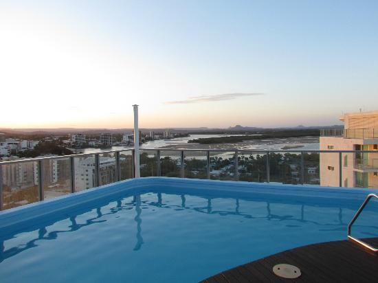 Majorca Isle Beachside Resort: View from rooftop pool from the 2 bedroom penthouse