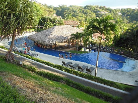 Villas Sol Hotel & Beach Resort: The site of where a lot of fun happens