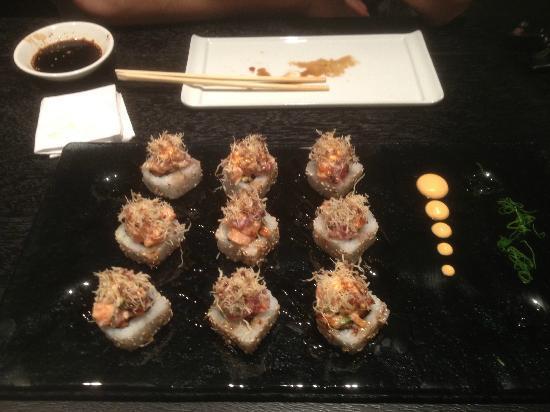 Edo Sushi Bar : Los Makis (rolls) son espectaculares!!!
