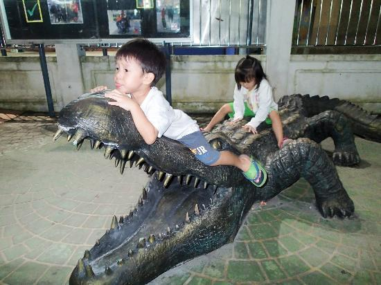 Taiping, Malaysia: Crocodile Statues At the Zoo Entrance
