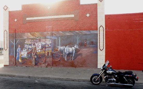 Historical Murals of San Angelo: 7