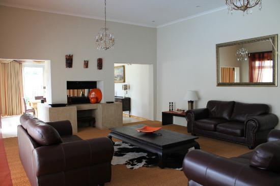 Caxton Manor: living room