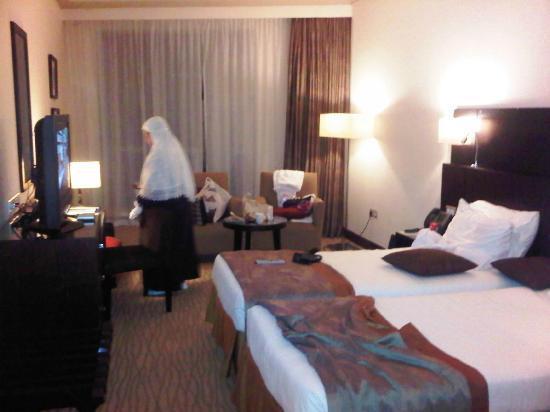 Movenpick Hotel & Residences Hajar Tower Makkah: Quite big room...