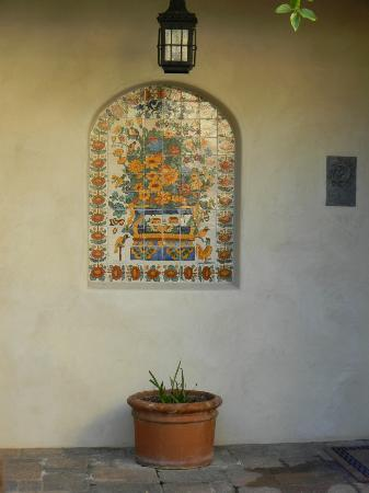 Su Nido Inn - Your Nest In Ojai: courtyard
