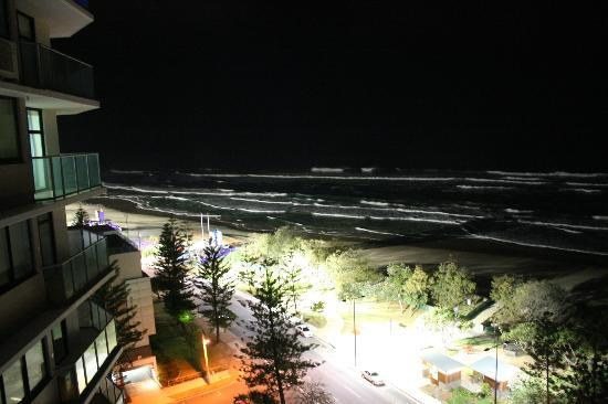 ‪‪Breakfree Peninsula‬: Beach night view from our balcony‬