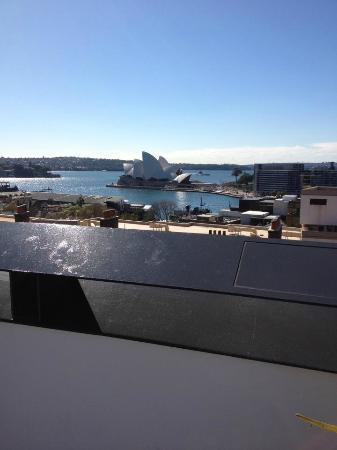 Sydney Harbour YHA: view from the roof top terrace