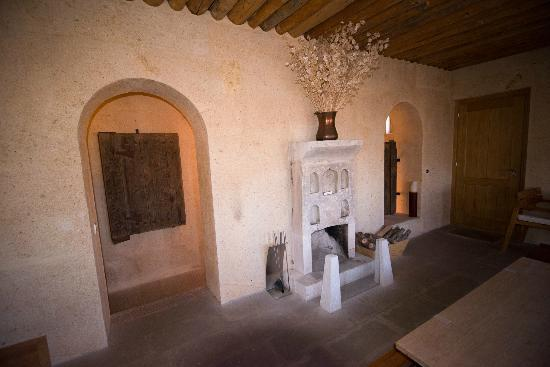 Argos In Cappadocia: A working fireplace--would be great in the winter