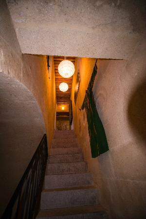 Argos In Cappadocia: Even our stairway was beautiful