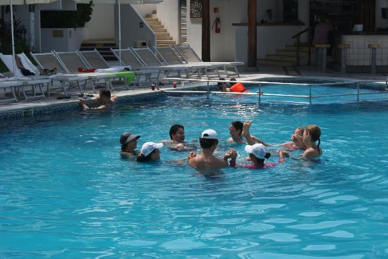 Buenaventura Grand Hotel & Great Moments All Inclusive: Water Arobics