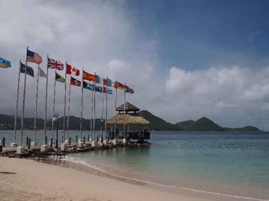 Sandals Grande St. Lucian Spa & Beach Resort: the pier