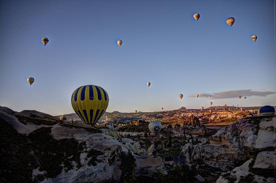Gorgeous vistas - Picture of Butterfly Balloons, Goreme ...