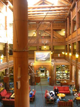 Many Glacier Hotel 사진