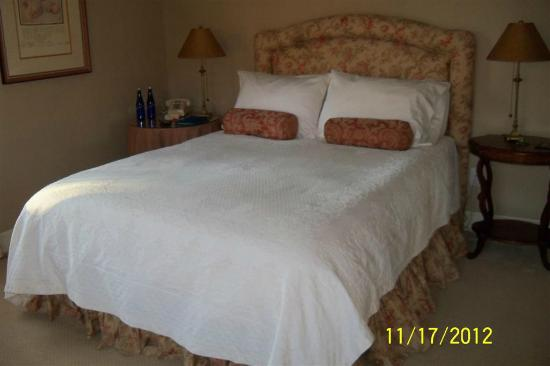 Starbuck Inn Bed and Breakfast: Emily Bronte room