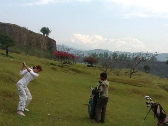 Himalayan Golf Course: Tee off