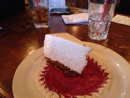 Stone Pipe Grill: amazing cheesecake