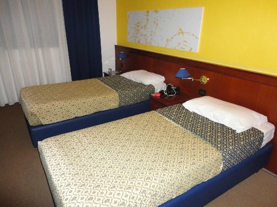 Grand Hotel Tiberio: Bed