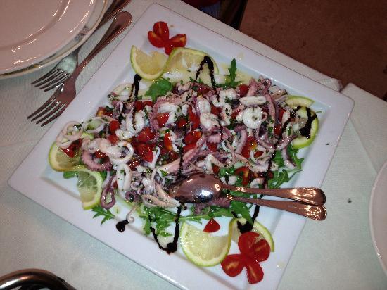 ristorante La Montagnola di Petrotta Efrem: Insalata di mare